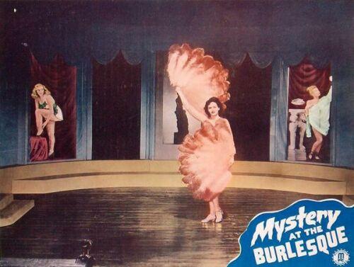 Откровенный Стриптиз Шарлотты Айянны – Танцы В «Голубой Игуане» (2000)
