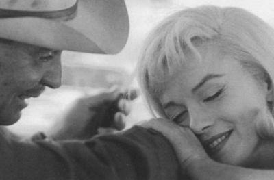Мэрилин Монро Притворяется Спящей – Ниагара (Сша) (1952)